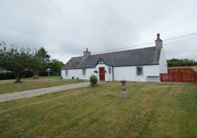 MAIN ROAD, Mosstodloch, IV32 7HZ, 3 Bedrooms Bedrooms, 2 Rooms Rooms,1 BathroomBathrooms,Cottage,For Sale,WESTCOTE ,MAIN ROAD,1011