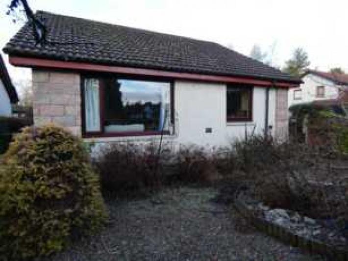 2 Woodside Park, Forres, IV36 2GJ, 3 Bedrooms Bedrooms, ,Bungalow,For Sale,Woodside Park,1077